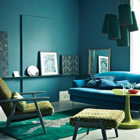 Teal living room design ideas ? trendy interiors in a bold color