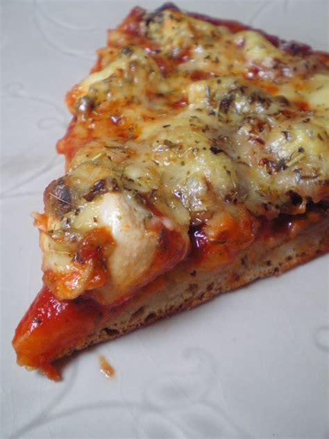 pate a pizza pour 2 personne 28 images recette de pizza merguez poivrons tomates les