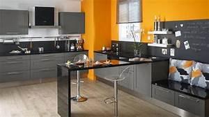 peindre une chaise en bois 14 indogate cuisine beige With couleur de peinture de salon 4 cuisine couleur orange pour un decor moderne et energisant