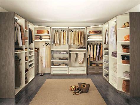 Cabine armadio: le più belle per la tua casa FOTO