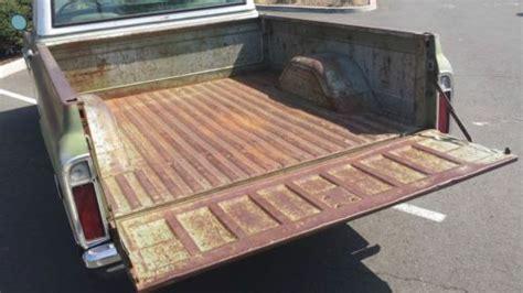 find   chevrolet   short bed truck bucket seats