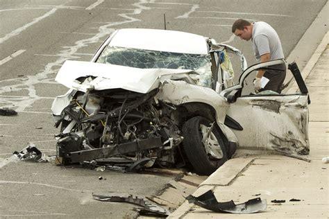 Man Killed In East Austin Crash