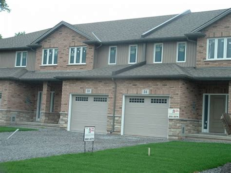 beautiful homes for rent in beautiful 2 town homes for rent in welland ontario
