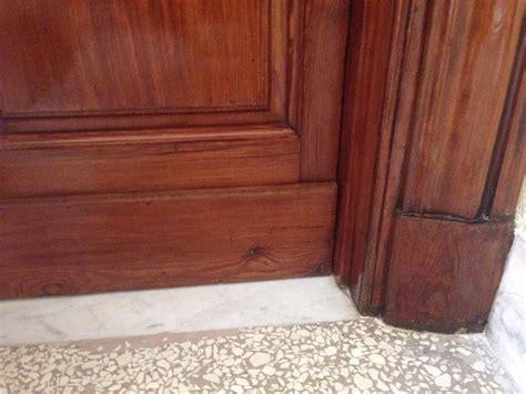 mobili antichi per ingresso restauro dei mobili antichi e porta d ingresso idee