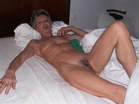 Granny Naked in Bed » Amateur In Action