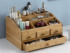 Makeup Brush Stand by 17 Best Ideas About Makeup Storage Box On Pinterest