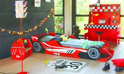 decoration chambre garcon cars image gallery decoration formule 1