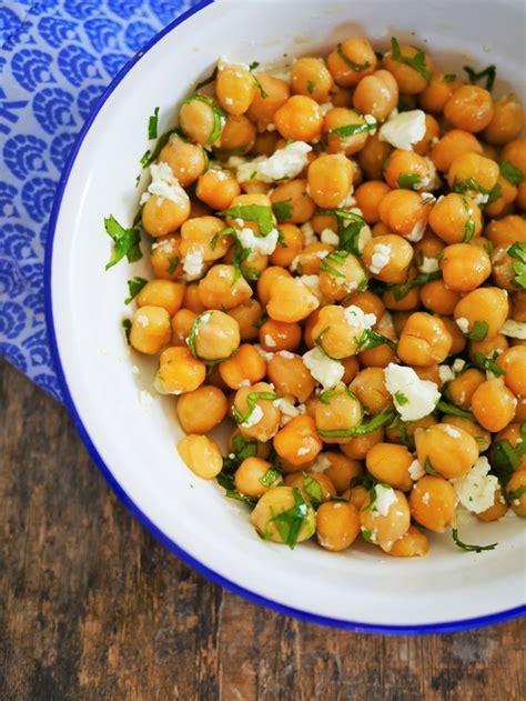 cuisine pois chiche salade de pois chiche féta et coriandre recettes de
