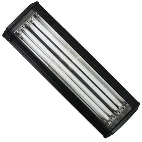 eclairage aquanova gt re t5 120cm 4x54w eau douce pour