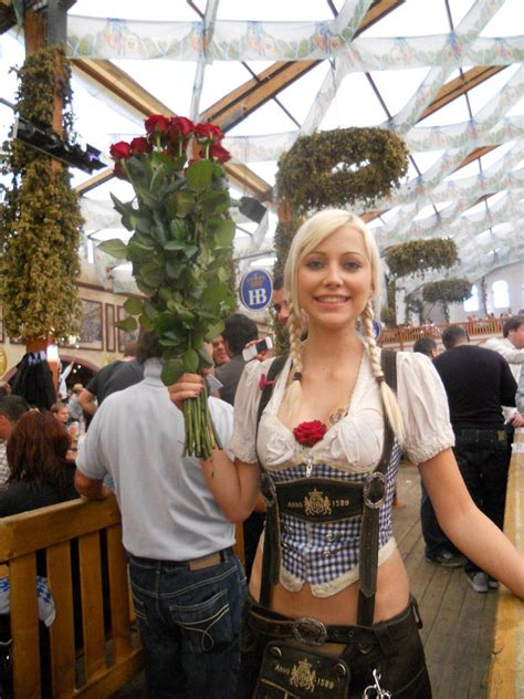 hottest oktoberfest girls thirsty swagman