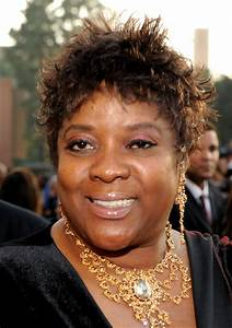 Loretta Devine Pictures - 42nd NAACP Image Awards - Red ...