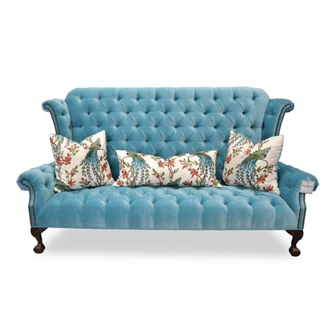 Velvet Tufted Settee by Blue Velvet Tufted Sofa Glam Furniture Haute