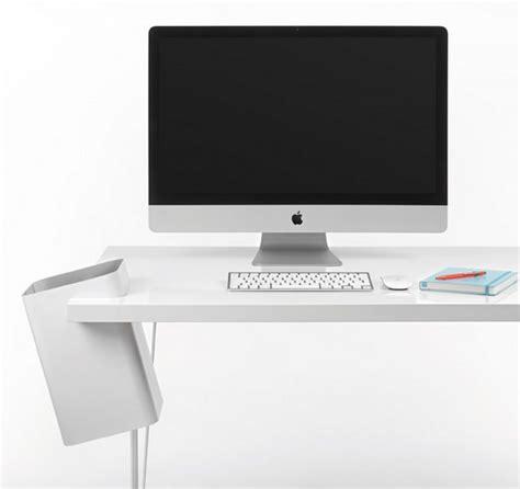 poubelle bureau design poubelle de table par crous calogero déco design