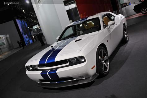 2011 Dodge Challenger Srt8 392 Inaugural Edition Image