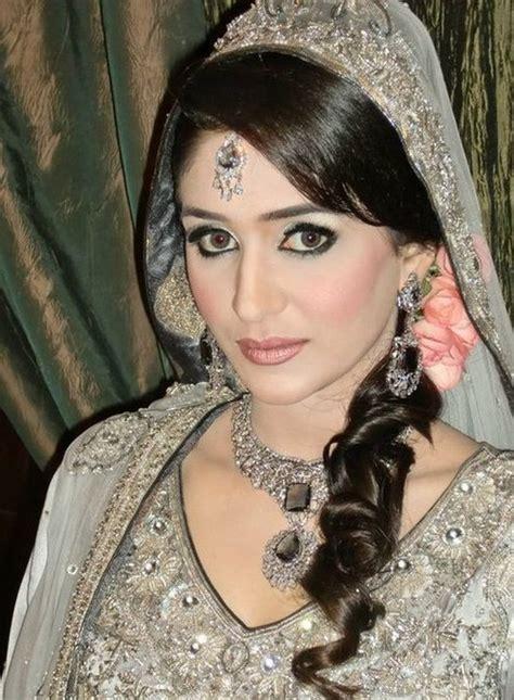 bridal dresses bandhan fashoin