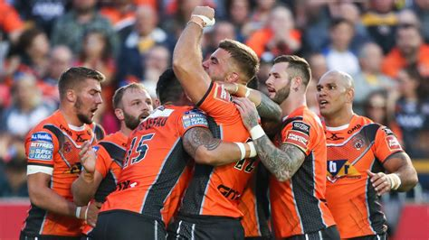 Castleford 45 - 20 Wakefield - Match Report & Highlights