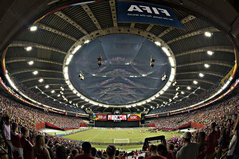 siege stade olympique 215 000 visiteurs au stade olympique pour la coupe du