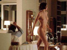 Naked olivia cooke Olivia Cooke