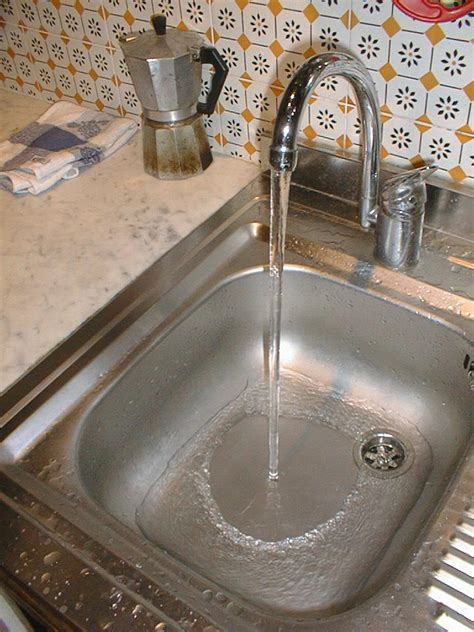 which side is water on a sink laminar flow in my sink lucas pereira