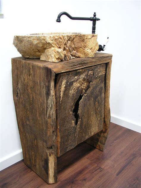 Badezimmer Unterschrank Mit Wäschekorb by Badezimmer Waschtisch Unterschrank Rustikal Aus Altholz