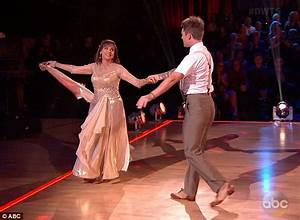 Dancing With The Stars: Valerie Harper sheds tears as she ...
