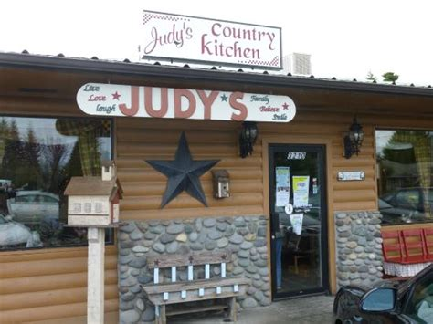 judy s country kitchen had breakfast there large portion and reasonable 4200