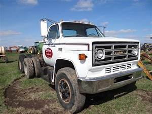 Lot 3282 1979 Gmc 7000 Road Tractor 427 Gas  Air Brakes  Rebuilt Carborater  New Battery  Title I