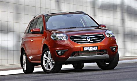 renault suv renault koleos privilege diesel joins suv line up photos