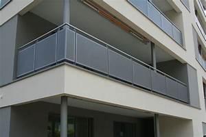 balkongelander beton kreative ideen fur innendekoration With garten planen mit edelstahl balkone mit lochblech