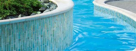 How to Use Glass Pool Tile Outside   Marazzi