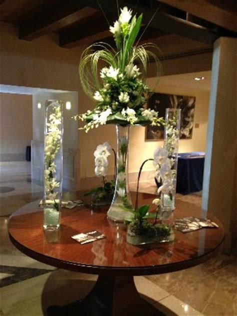 flower display   lobby picture  hilton molino