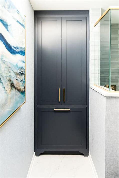floor  ceiling bathroom cabinets design ideas