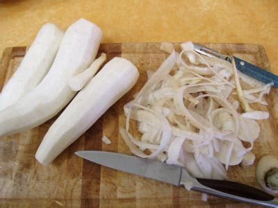 cuisiner des navets blancs navet fiche navet et recettes de navet sur supertoinette
