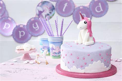 einhorn kuchen deko einhorn torte f 252 r den kindergeburtstag tambini