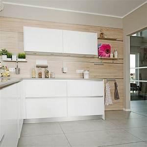 Fliesen Küche Wand : k chenfliesen wand wei ~ Orissabook.com Haus und Dekorationen
