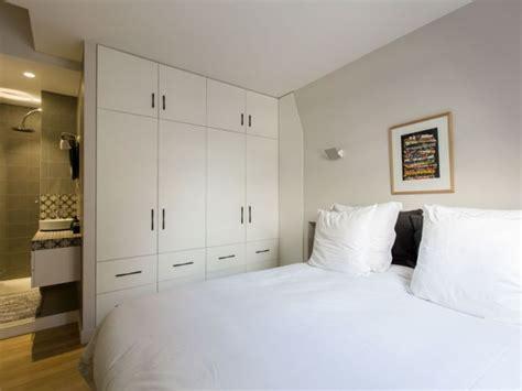 surface minimale d une chambre les 25 meilleures idées concernant surface de travail sur