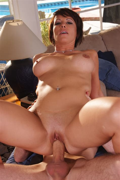 Busty Brunette Milf Kayla Synz Has Two Erect Cock Working On Her Mouth And Holes
