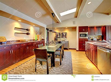 cuisine de a 0 z salle à manger moderne de luxe avec la cuisine d 39 acajou