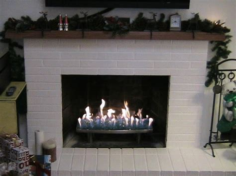 Paint For Inside Of Fireplace by More Trays Performance Fireplace Glass Custom Fireplace
