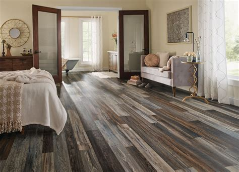 Wood Plank Carpet Squares