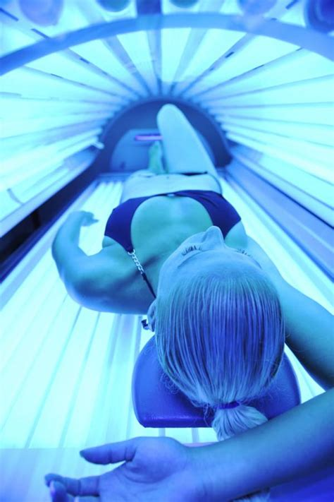 Tanning Bed Sunburn by What S Best For Vitamin D Tanning Bed Or