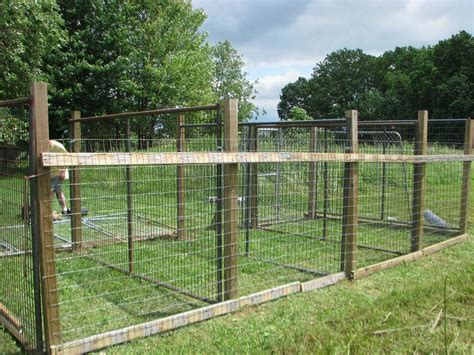 Wood And Kennel Fencing Panels