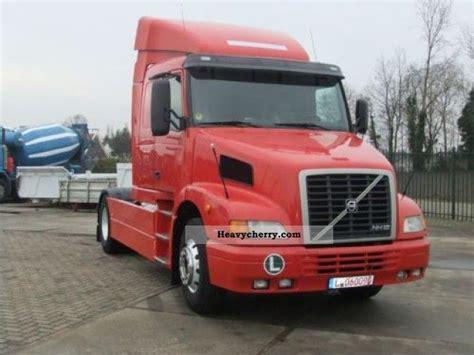 volvo semi trailer volvo nh12 420 2002 standard tractor trailer unit photo