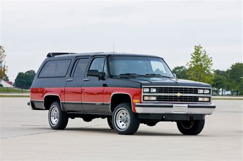 19731991 Gmcchevy Suburbans Vs Today's Suburbans (luxury
