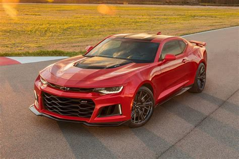 2018 Chevrolet Camaro Zl1 Coupe Review, Trims, Specs And