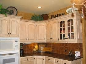 painted kitchen cabinets images 28 best images about white wash ideas on 3986