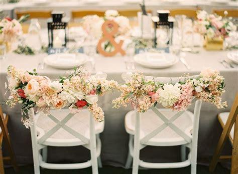 decoration de chaise pour noel 105 id 233 es d 233 coration mariage fleurs sucreries et bougies