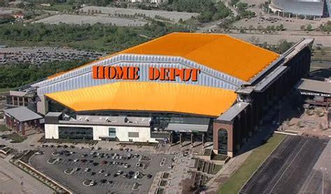 Texas Rangers' new stadium roasted for looking like ...