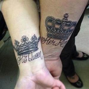 60+ Awesome Crown Tattoos On Wrist