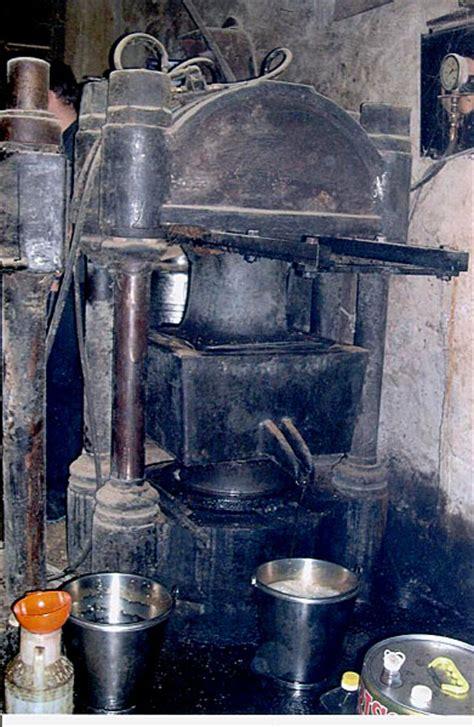 le a huile a vendre moulin a noix